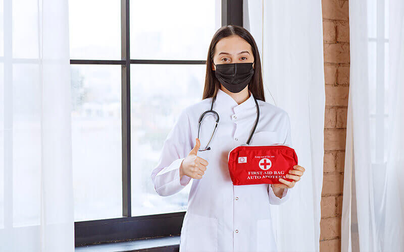 What can you expect from your First Aid Online Course - Oscar Academy provides first aid training course to explain what can you expect from your first aid course in AU